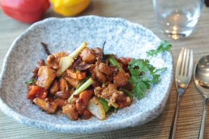 sweet-and-sour-chicken-2097989_1280